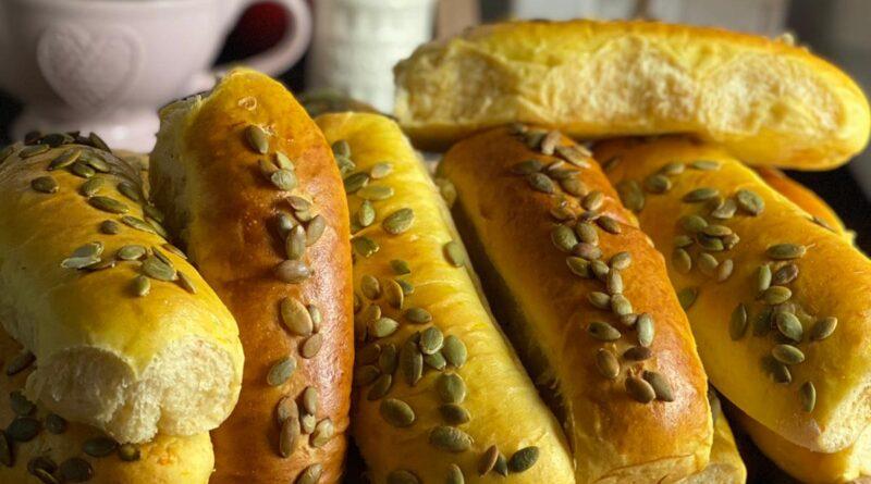 Panini hot dog alla zucca