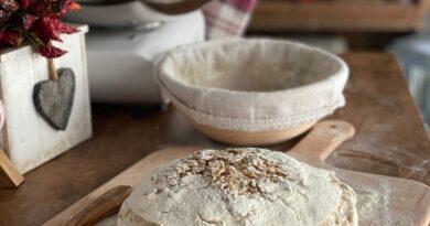 Pane semi integrale con zenzero miele e noci pecan